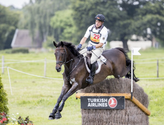 Andreas Ostholt wird sein Erfolgspferd So is et auch in Zukunft reiten