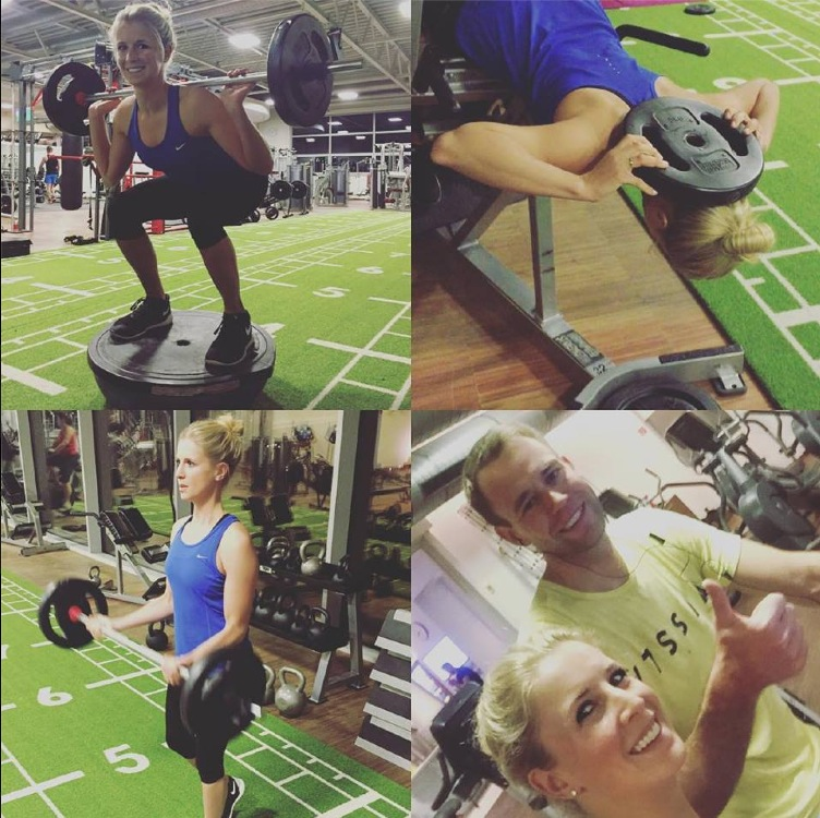 Schwitzen auf der Powerplate – Jessi von Bredow-Werndl beim täglichen Workout.